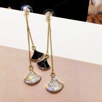 Woman Sector Rhinestone Earrings - Black