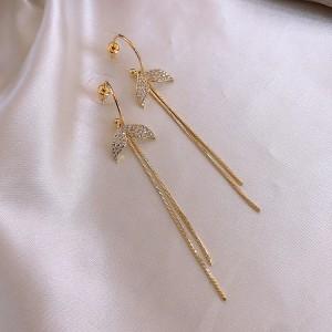Ladies Rhinestone Fish Tail Tassel Earrings - Golden