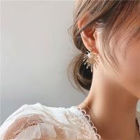 Bright Firework Pearl Earrings - Golden