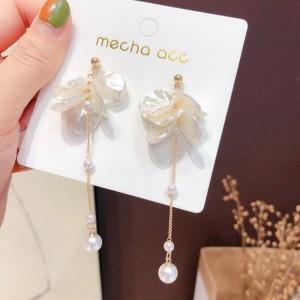 Girls Sweet Shell Tassel Earrings - White