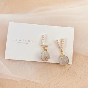 Girls Sweet Crystal Pearl Earrings - Golden