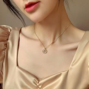 Girls Fashion Rhinestone Round Necklaces - Golden