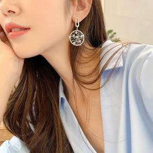 Girls Fashion Rhinestone Round Earrings - Golden