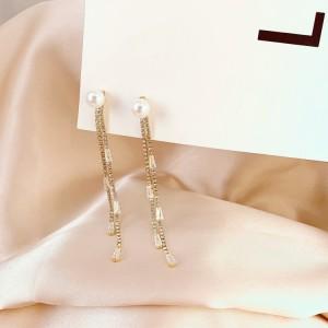 Girls Pearl Rhinestone Tassel Earrings - Golden