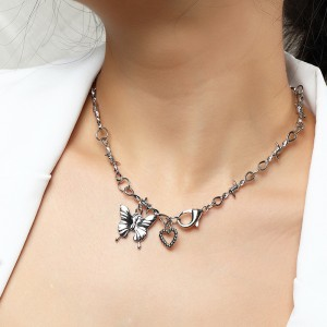 Woman Heart Butterfly Fashion Necklace - Silver