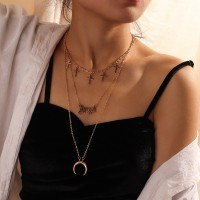 Woman Three Layer Moon Necklace - Golden