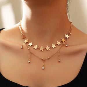 Ladies Fashion Star Chain Necklace - Golden