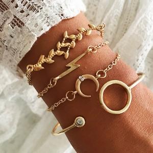 4 Pieces Ladies Fashion Gold Plated Bracelet Set - Golden