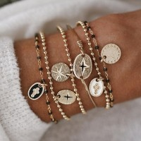 6 Pieces Woman Retro Wild Gold Plated Bracelet Set - Golden