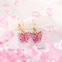 Carved Butterfly Gold Plated Women Fashion Earrings Pair - Pink