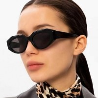 Woman Simple Wild Sunglasses - Black