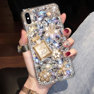 Decorative Rhinestones Luxury Crystal Patched Iphone Cover - Silver