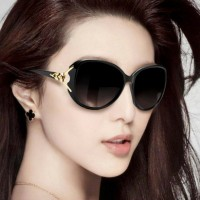 Woman Fashion Wild Big Frame Sunglasses - Black