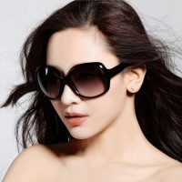 Simple Wild Ladies Beach Sunglasses  - Black