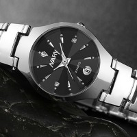 Stainless Steel Crystal Patched Chain Strap Men Wrist Watch