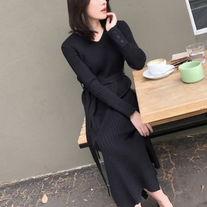 Ribbed V Neck Full Sleeves Midi Dress - Black