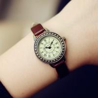 Vintage Roman Style Women Fashion Wrist Watch - Brown