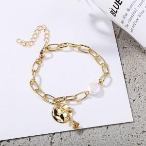 Fashion Metal Rose With Pearl Women Bracelet - Golden