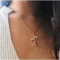 Girl Simple Rose Pendant Fashion Necklace - Golden