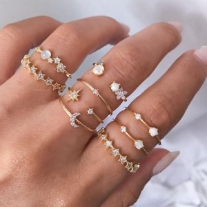 Ladies Crystal And Rhinestone Rings Set 9 Pieces - Golden