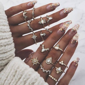 Women Fashion Crystal Ring Set 16 Pieces - Golden