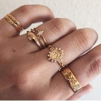 Women Retro Crystal Alloy Ring Set 7 Pieces - Golden