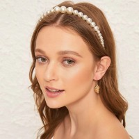 Elegant Pearl Fashion Hair Band For Girls - White