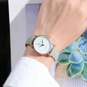 Sober Fashion Design Plain Women Wear Wrist Watch - Light Green
