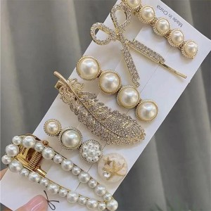 Crystals Pearl Decorative Women Fashion Hair Clips Set - White