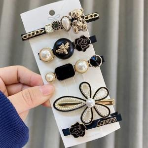Crystals Pearl Decorative Women Fashion Hair Clips Set - Black