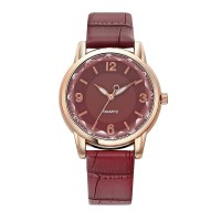Crystal Carved Leather Strapped Fancy Wrist Watch - Red