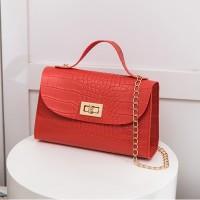 Textured Twist Lock Chain Strap Messenger Bags - Blood Red