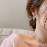 Women Heart Alloy Decoration Earrings - Golden