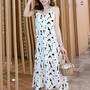 Spaghetti Strapped Printed Women Fashion Midi Dress - White