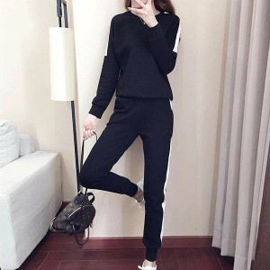 Solid Color Long Sleeves Two Pieces Sports Wear Suit - Black