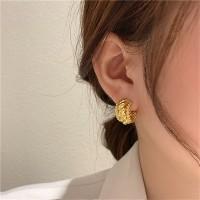 Girls Simple Wild Alloy Earrings - Golden