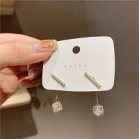 Girls Simple Tassel Crystal Ball Earrings - Golden