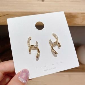Girls Simple Rhinestone Alloy Earrings - Golden