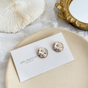 Woman Fashion Flower Earrings - White