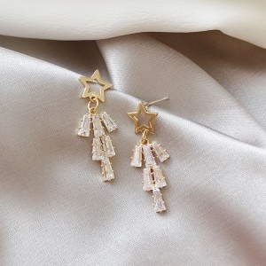 Woman Full Rhinestone Fashion Earrings - Golden