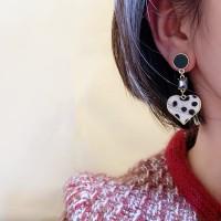 Ladies Fashion Leopard Heart Earrings - Black White