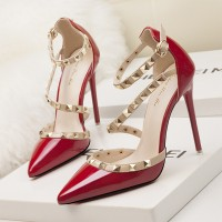 Decorative Strap Buckle Closure High Heels - Red