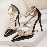 Decorative Strap Buckle Closure High Heels - Black
