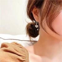Girls Fashion Pearl Heart Decoration Earrings - Golden