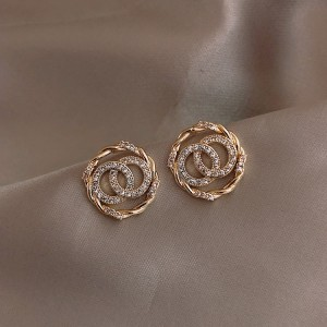 Ladies Diamond Round Decoration Earrings - Golden