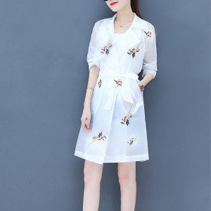 Suit Neck Floral Printed Full Sleeves Outwear Coat - White