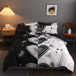 Black Heart Design Printed Queen / Double Size Duvet Cover Bed Sheet Set of 6 Pieces