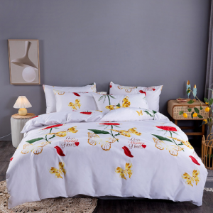 Red Roses Design Printed Queen / Double Size Duvet Cover Bed Sheet Set of 6 Pieces