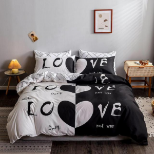 Love Design Print Queen / Double Size Bed Sheet With Duvet Cover Set of 6 Pieces