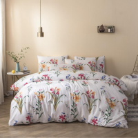 Floral Design Print Queen / Double Size Bed Sheet With Duvet Cover Set of 6 Pieces